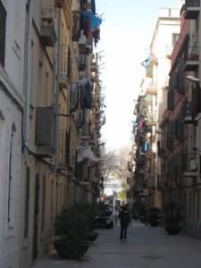 les rues autour de la  plage de Barceloneta